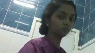 तमिलनाडु नर्स लड़की बाथरूम नग्न एमएमएस सेल्फी